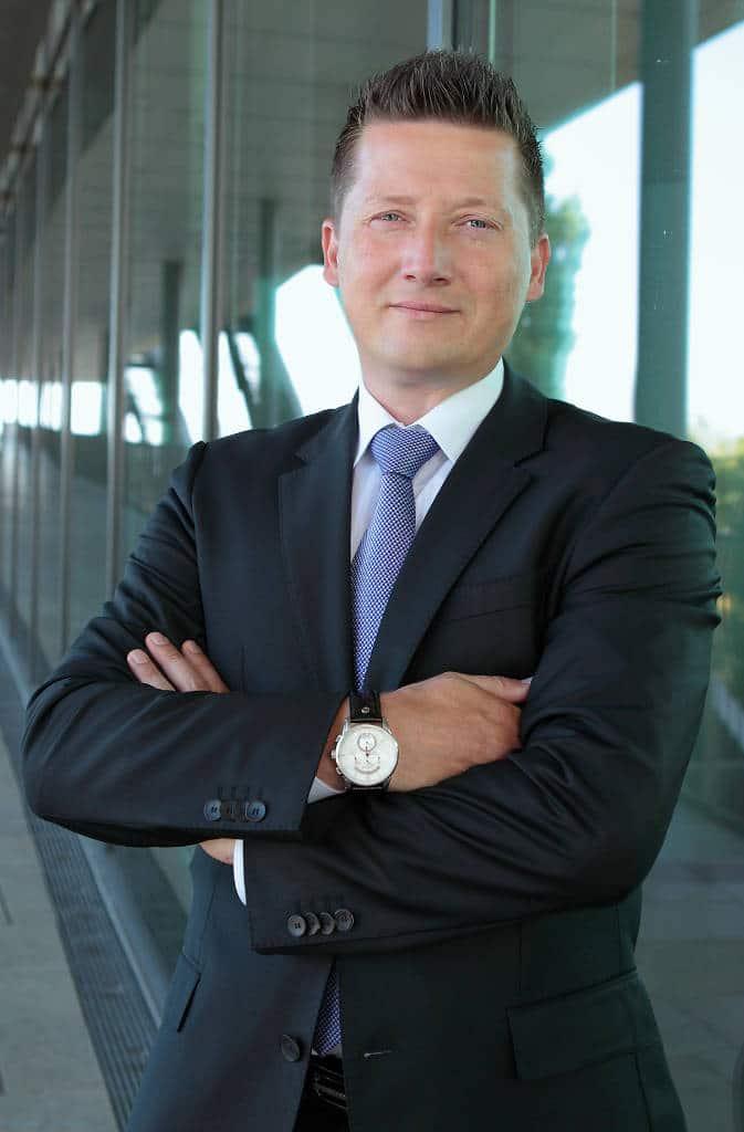 Sven Lorenz hoch