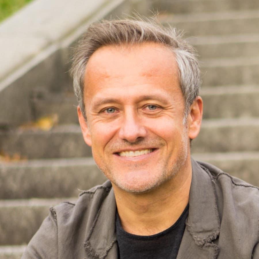 Vom Manager in die Berufung als astrologischer Berater - Moneymindset Interview mit Günter Kerschbaummayr
